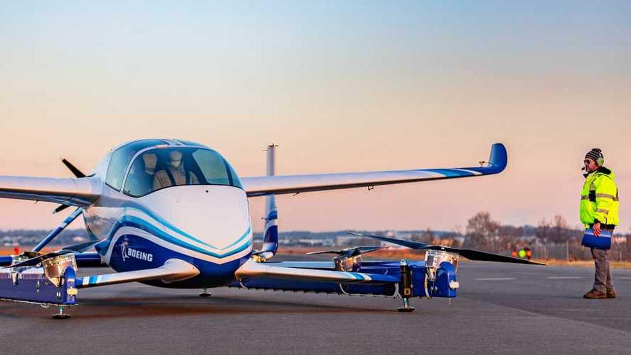 Boeing'in Uçan Otomobiliyle İlk Testleri
