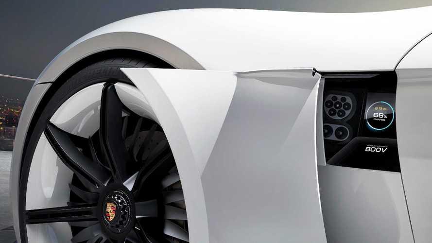 Porsche Taycan, la super elettrica costerà meno di centomila euro