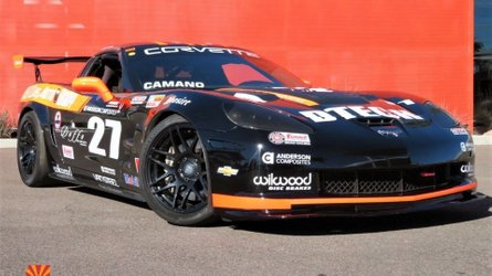2005 chevrolet corvette gt2 race car