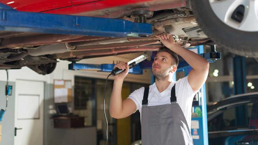Drivers urged to avoid MoT rush by booking early