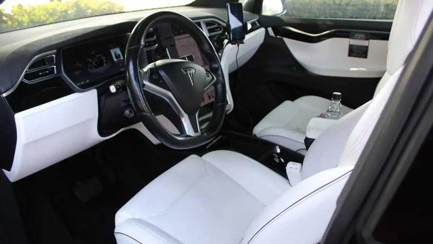 Tesla Model X avec plus de 550 000 km au compteur