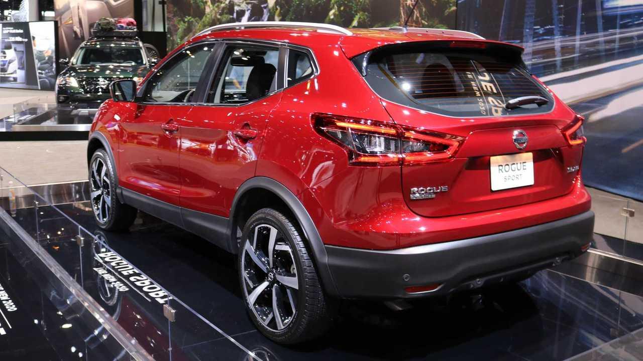 2020 Nissan Rogue Sport Live CAS | Motor1.com Photos