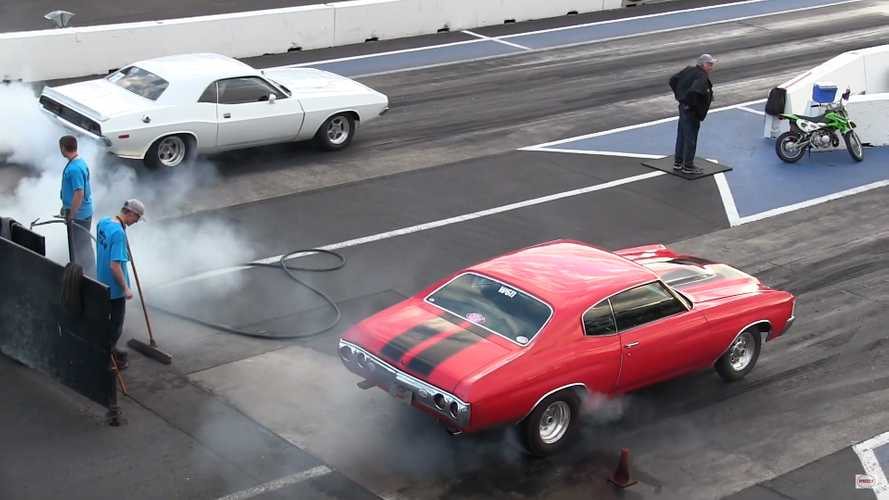 See 6 Minutes Of Classic American Muscle Seeking Drag Race Glory