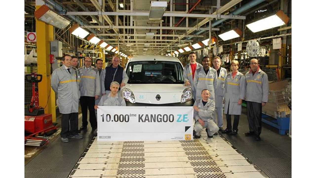 Renault Highlights Top Moments of 2013 In Pictures: 10,000 Kangoo ZEs Built, Twizy Sport F1,  FIA Formula E Championships + More