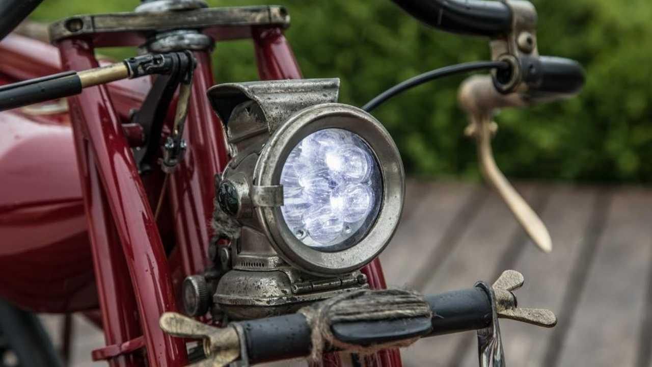 E-Headlight