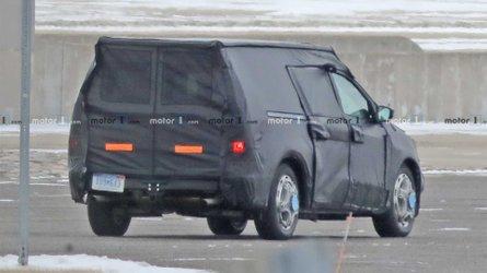 Flagra: Picape Ford sub-Ranger terá cabine dupla e simples