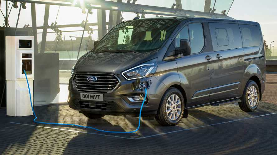 2019 Ford Tourneo Custom PHEV revealed as efficient people mover