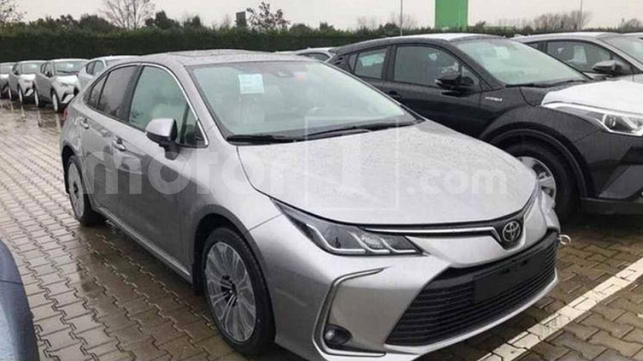 Toyota Corolla 2020 - Flagra na Turquia