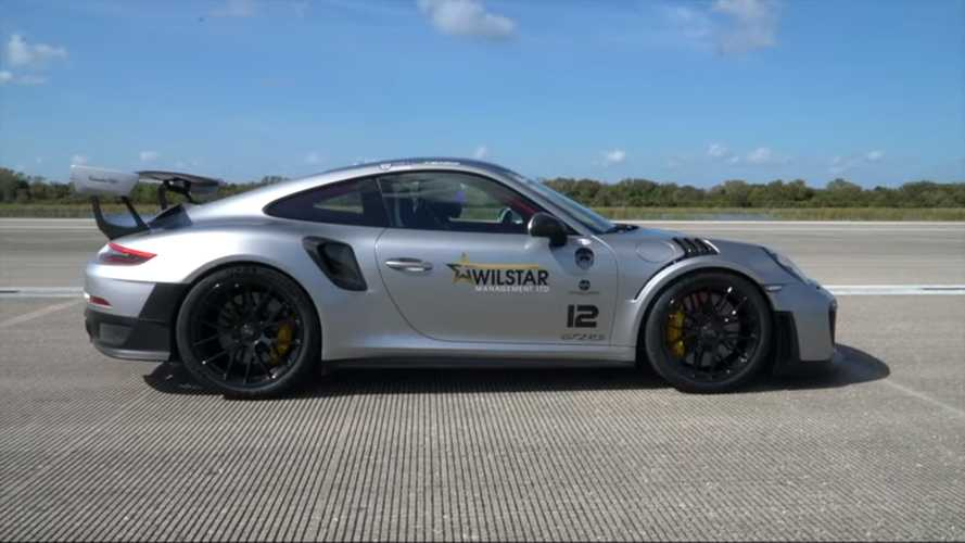 Watch This Porsche 911 GT2 RS Obliterate Its Published Top Speed
