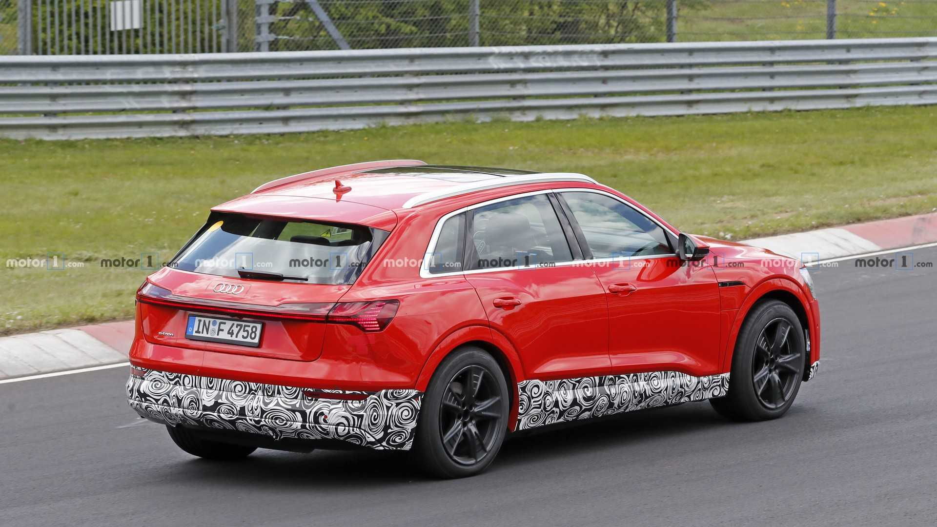 2020 Audi Q6 Rumors, E-Tron, Release Date >> Audi E Tron Quattro S Spied At The Nurburgring