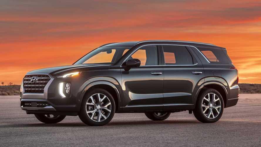 Hyundai Palisade's Stinky Interior Has Automaker Investigating