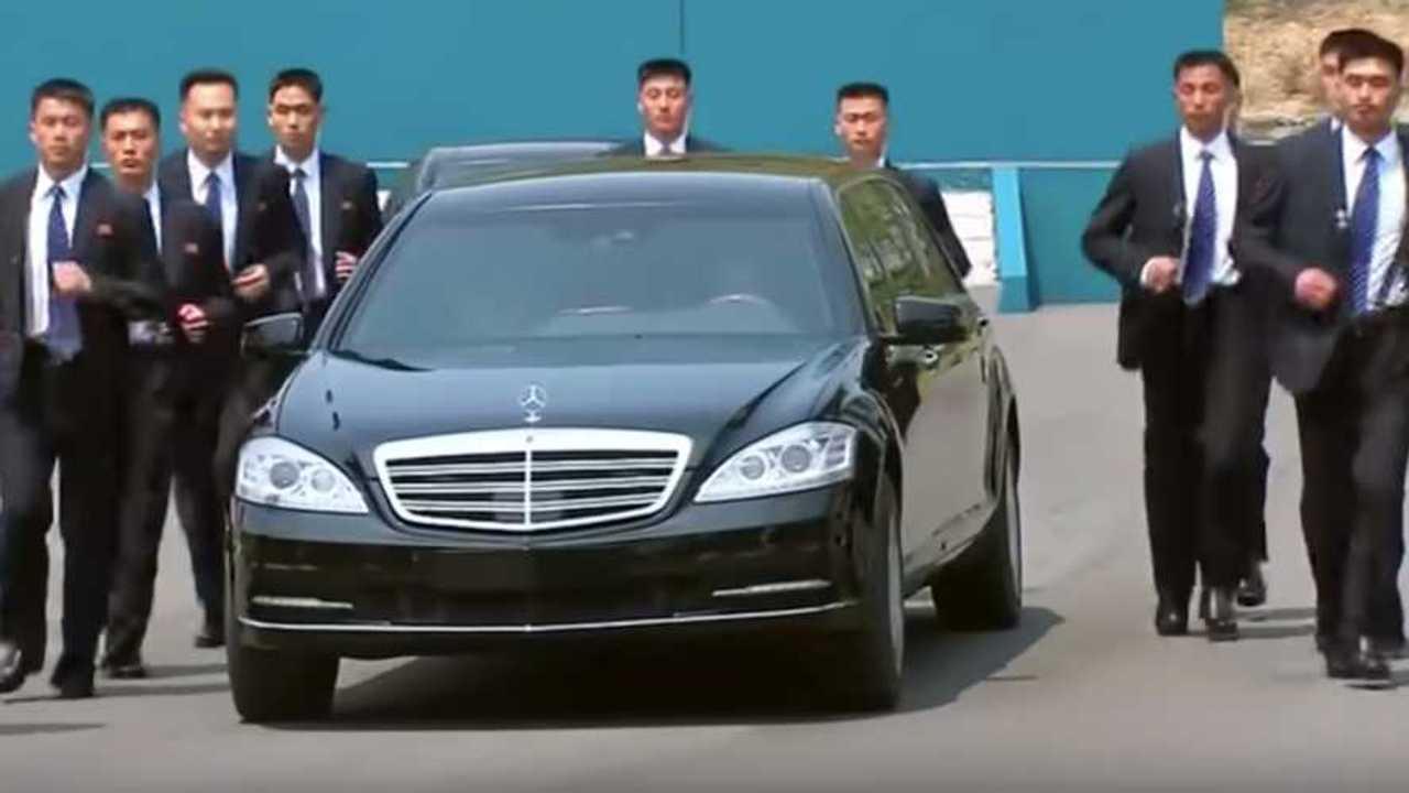 Maybach S600 Pullman Guard Kim Jong-Un