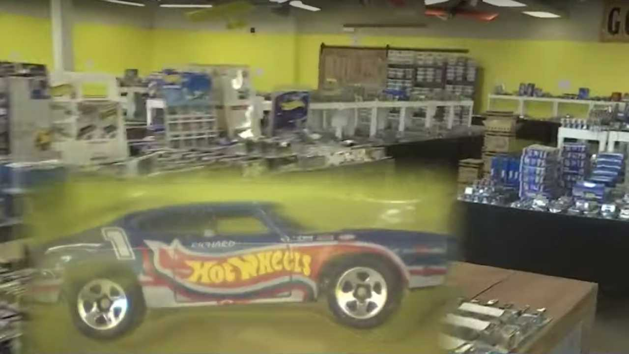 Massive Hot Wheels Collection Lead