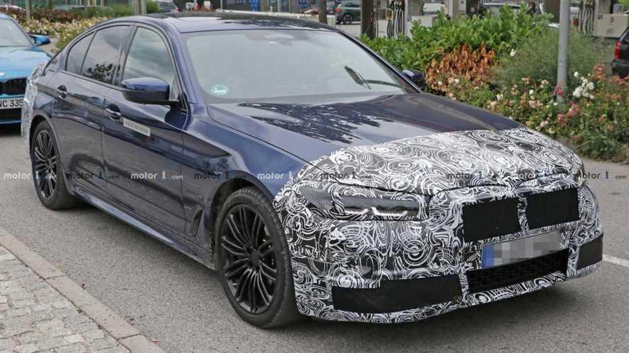 Photo espion BMW Série 5 restylée