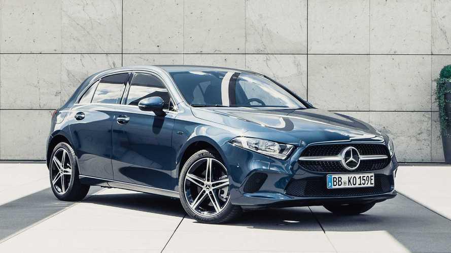 Mercedes triplicou as vendas de carros elétricos e híbridos plug-in em 2020