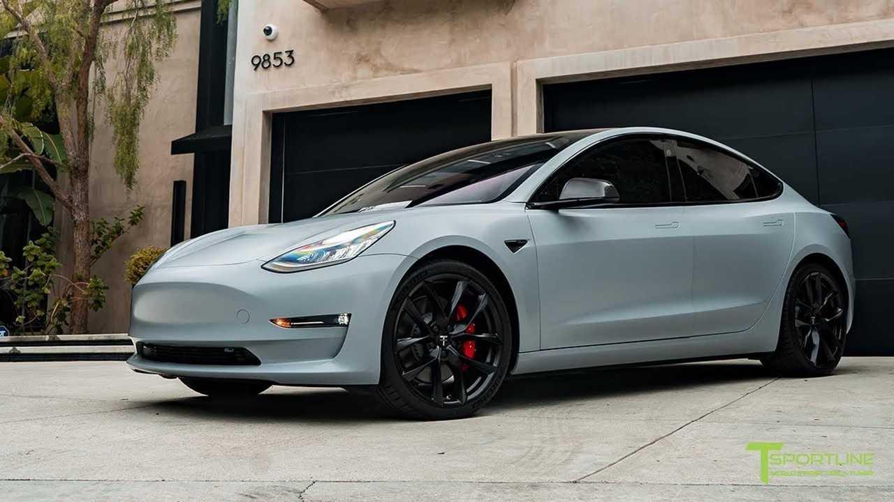 Matte Grey Car >> Tesla Model 3 Looks Shocking In Satin Battleship Gray: Video