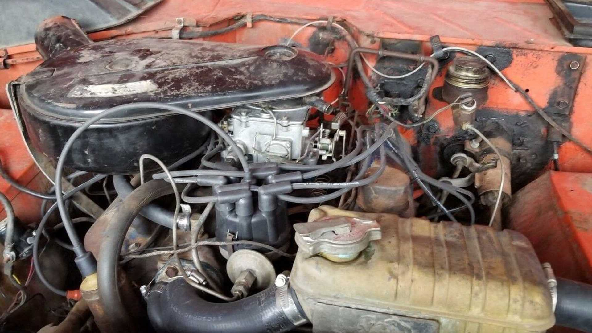 """[""""Genuine Barn Find Ford Bronco Roadster With 289ci V8 For Sale""""]"""