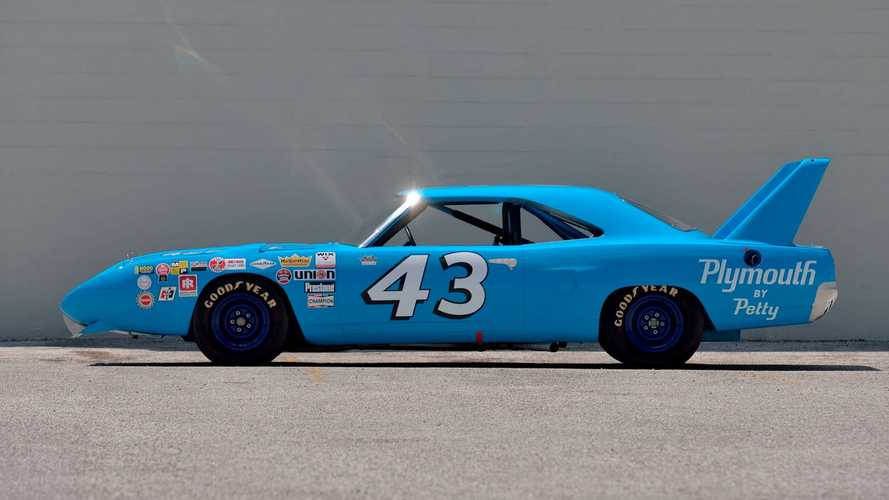 Richard Petty's Race-Winning 1970 Superbird Didn't Sell For $3.5M