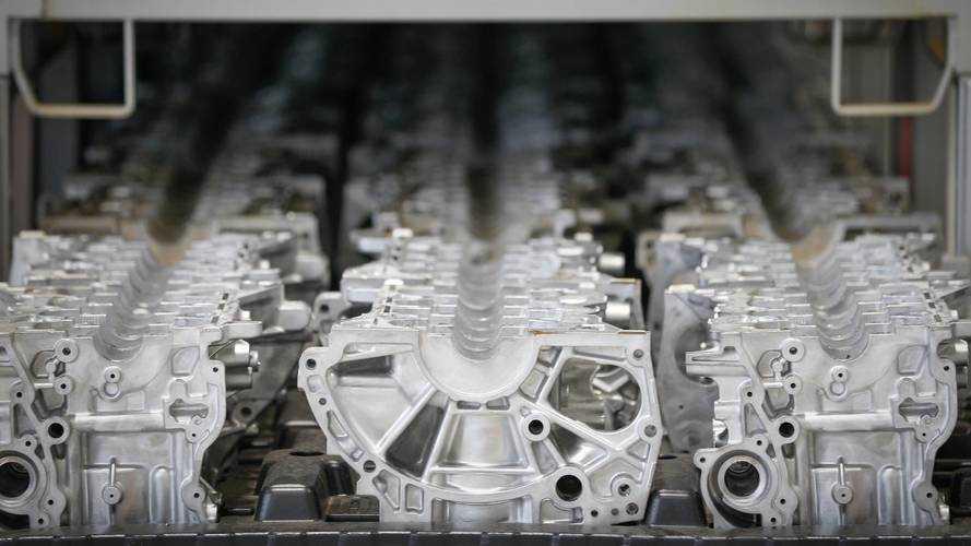 Renault inaugura fábrica para produção do motor 1.6 SCe