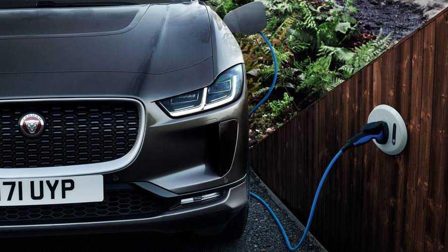 Jaguar planifierait le passage au tout électrique