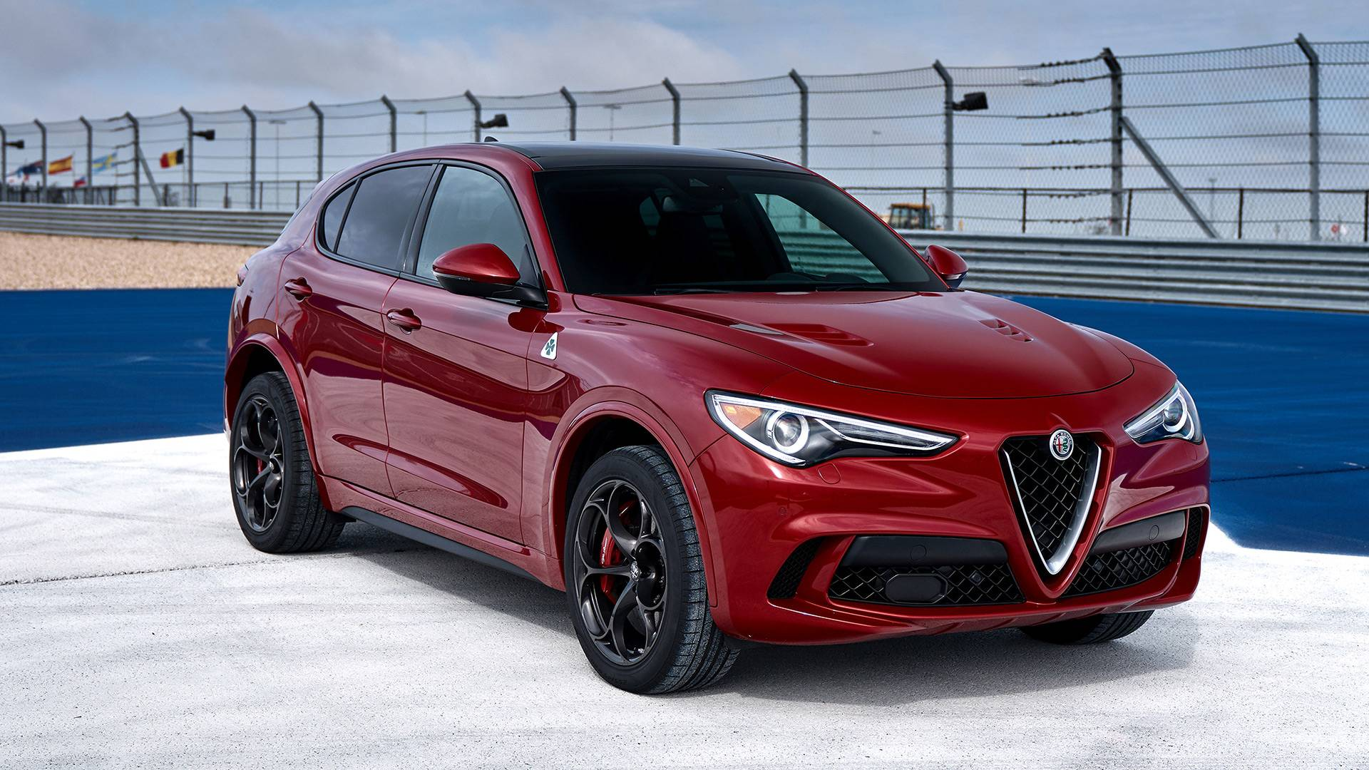 alfa romeo stelvio quadrifoglio news and reviews. Black Bedroom Furniture Sets. Home Design Ideas