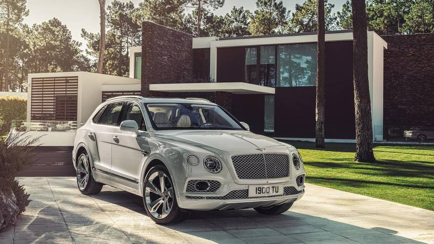 You can now buy a plug-in hybrid Bentley Bentayga for £133,100