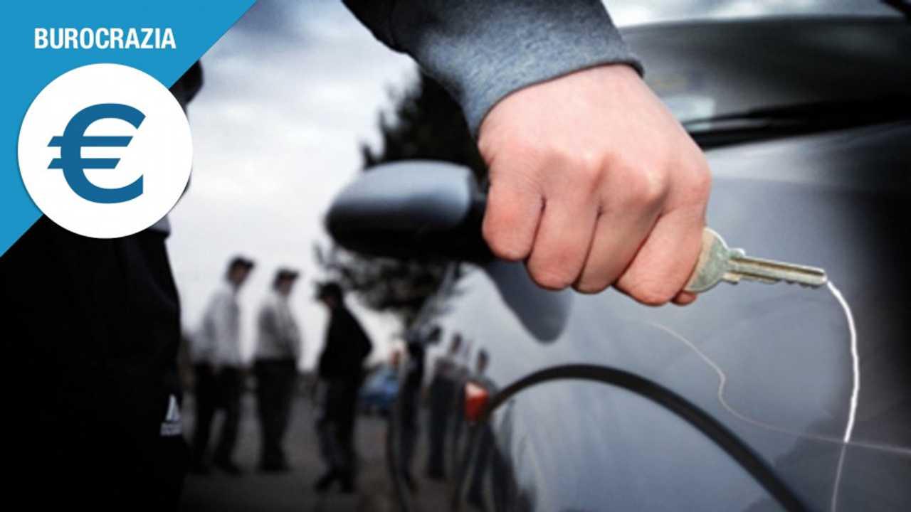 [Copertina] - Atti vandalici contro l'auto, come ottenere il risarcimento