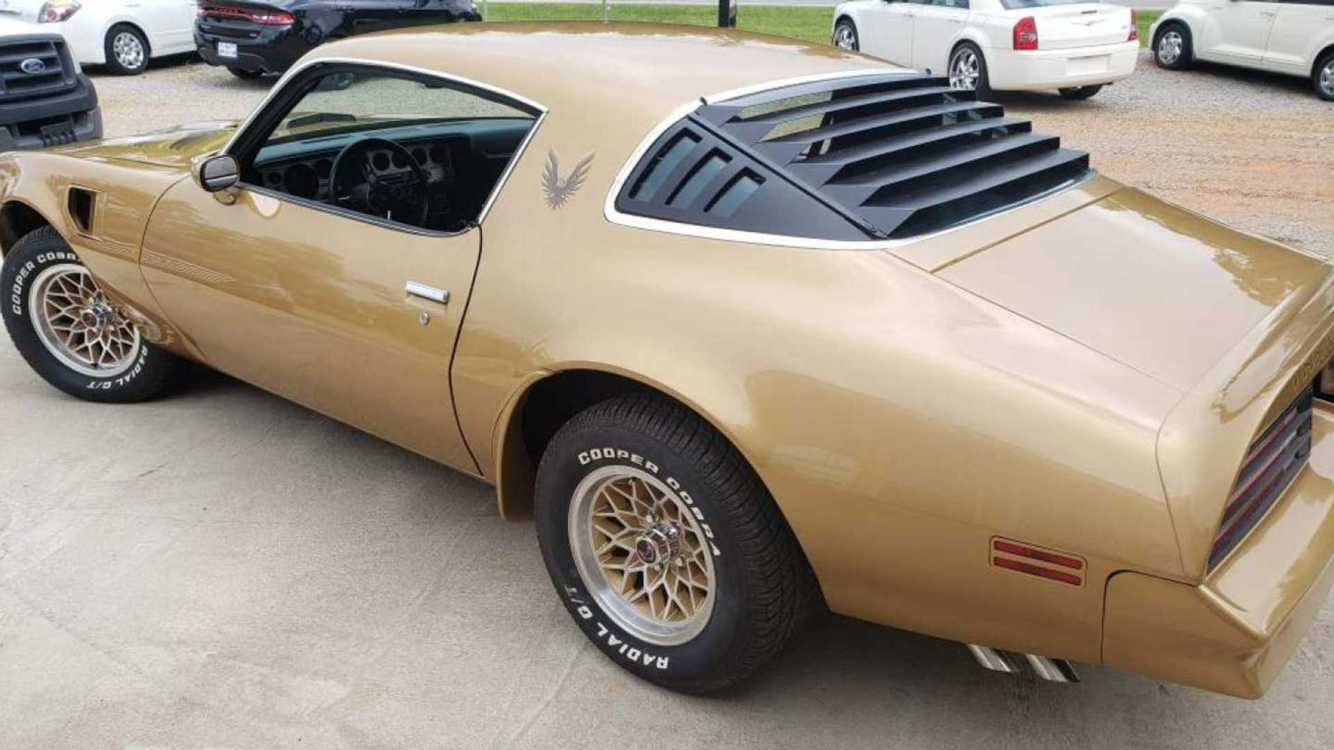 "[""Gold 1978 Pontiac Trans AM Y88 To Cross The Auction Block""]"