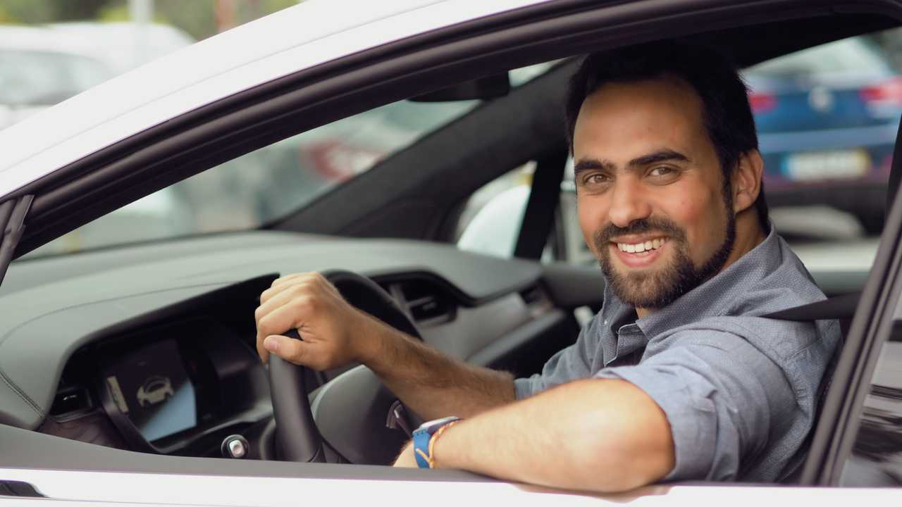 Portuguese Tesla Owners Create A Car Rental Company: Watts ...