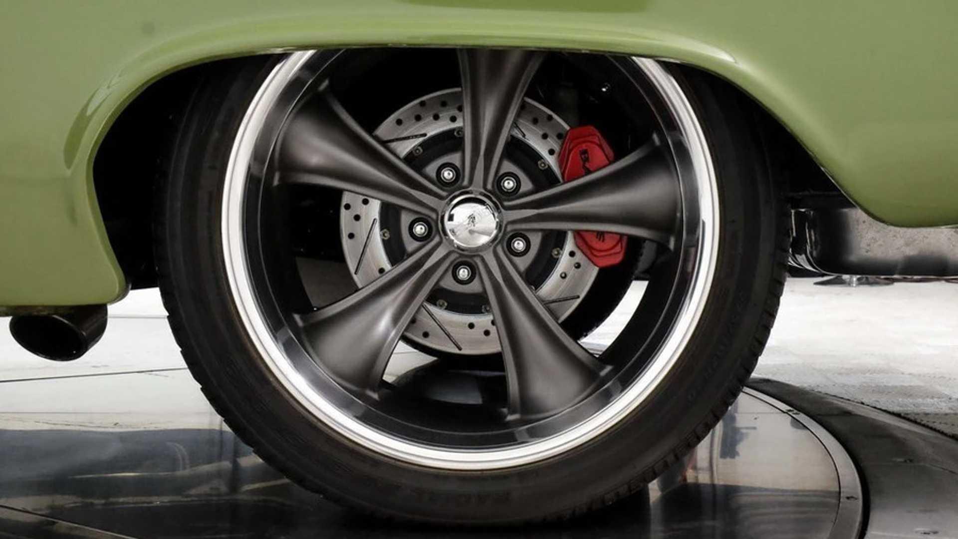 "[""Custom 1962 Chevrolet Biscayne""]"