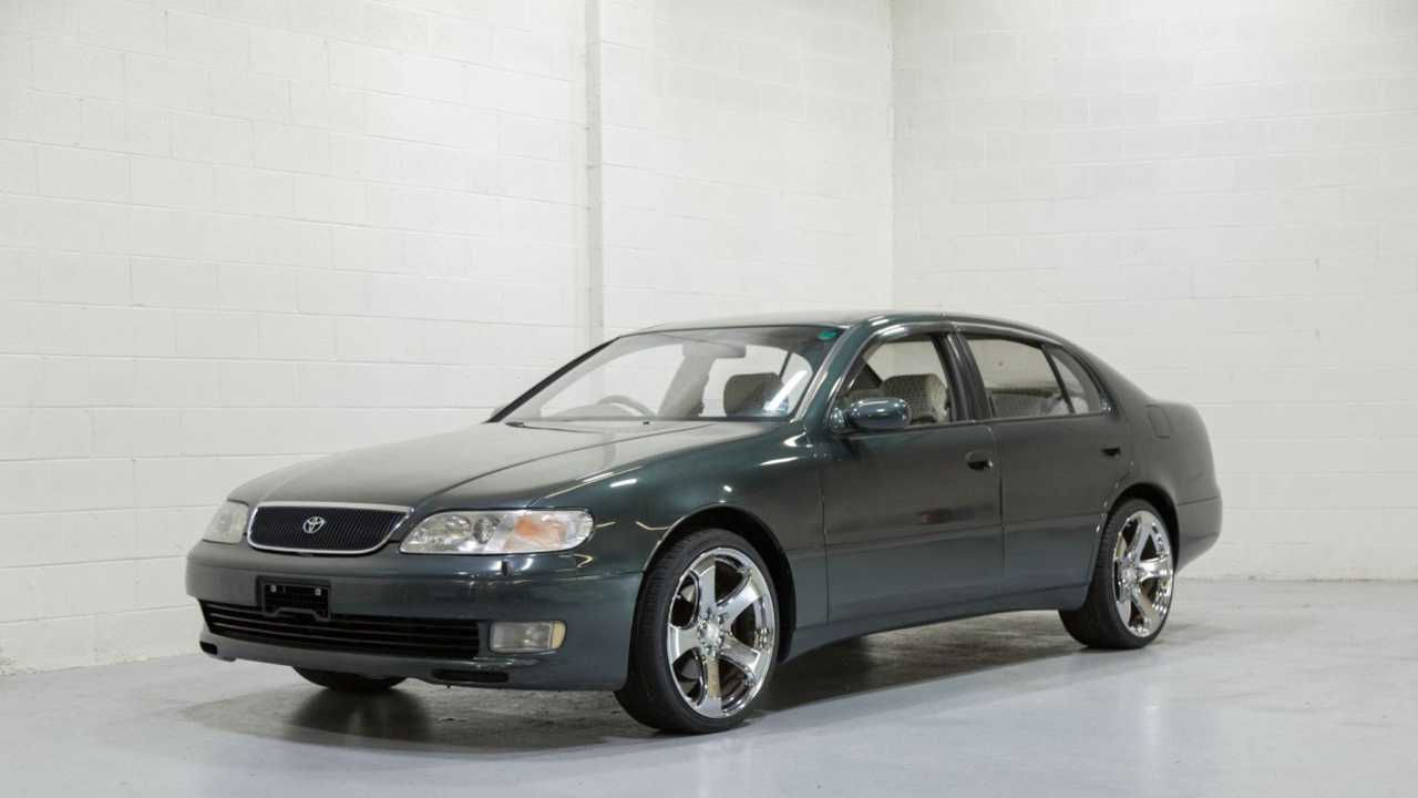 1992 Toyota Aristo Packs A 2JZ Punch