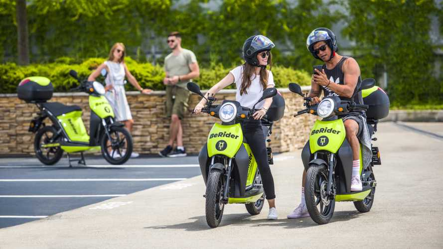 Skoda BeRider, lo scooter elettrico in sharing a Praga