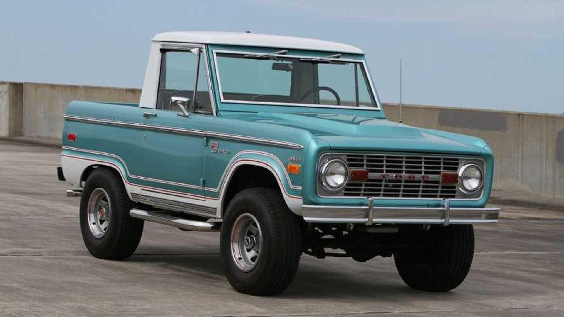 "[""Restored 1970 Ford Bronco Half-Cab""]"