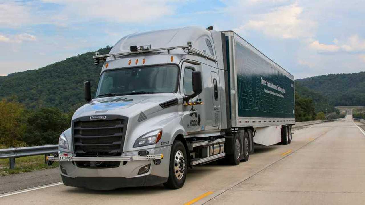 Daimler Trucks guida autonoma