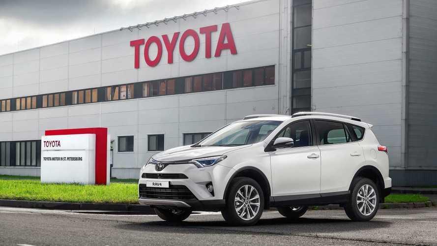 «Тойота» объявила о прекращении производства своего бестселлера в России
