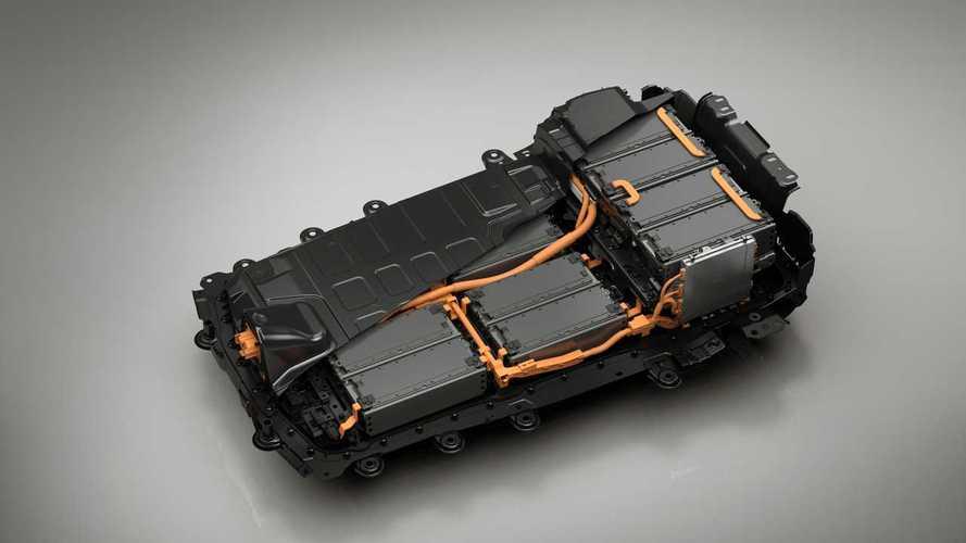Batterie auto elettriche, con il litio-zolfo 1.000 km con una ricarica