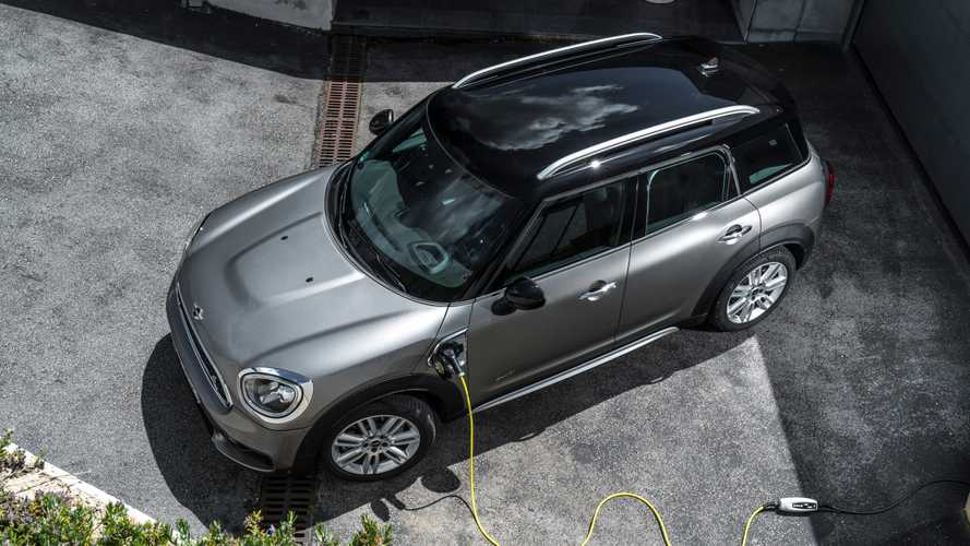 2020 MINI Cooper S E Countryman ALL4 EPA Range Up: 17 Miles