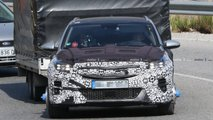 Kia XCeed PHEV spy photos