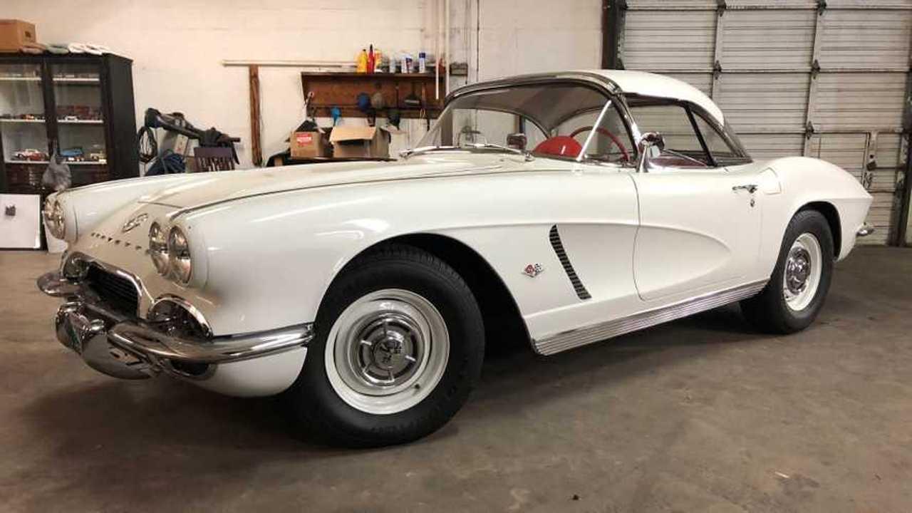 Pristine 1962 Chevrolet Corvette Is A NCRS Top Flight Winner