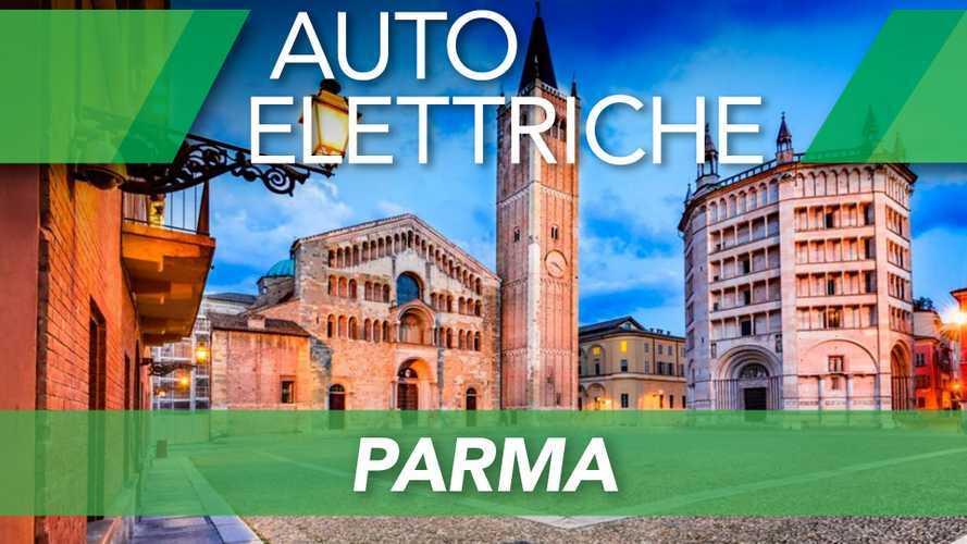 Auto elettriche a Parma, ZTL, strisce blu e altre agevolazioni