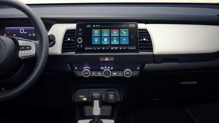 Honda vuelve a apostar por los mandos físicos