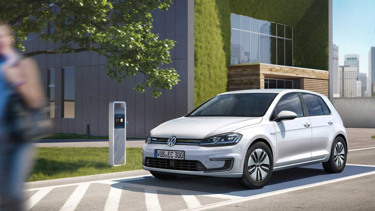 6. 2015-2016 Volkswagen e-Golf