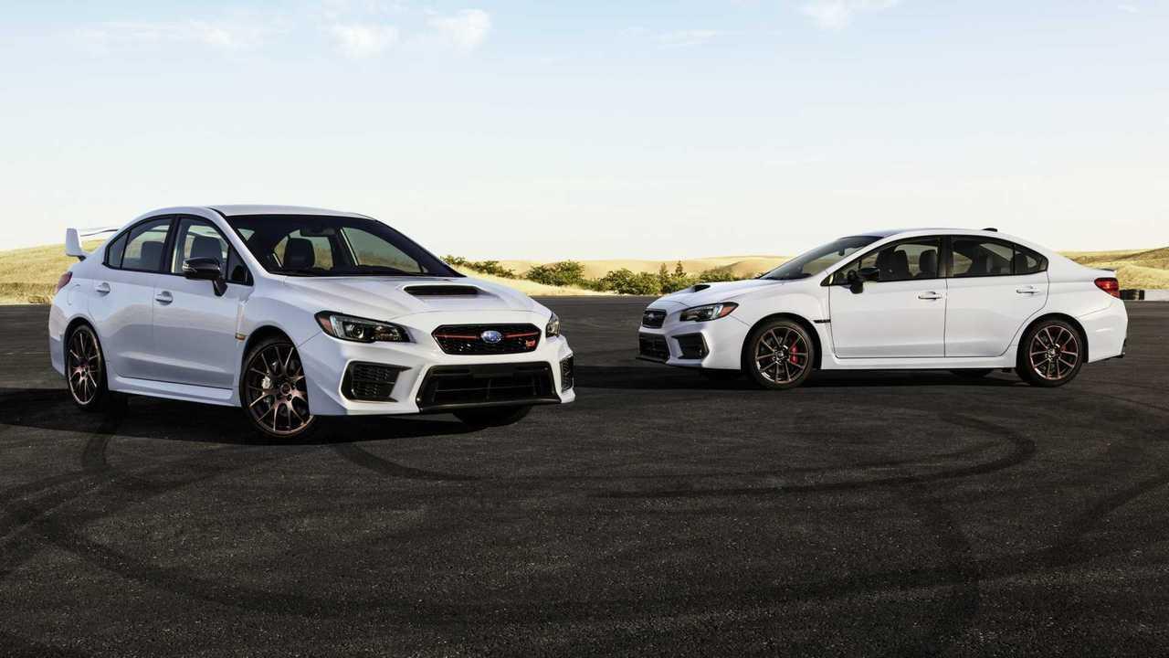 Serie Subaru 2020. WRX bianco e STI