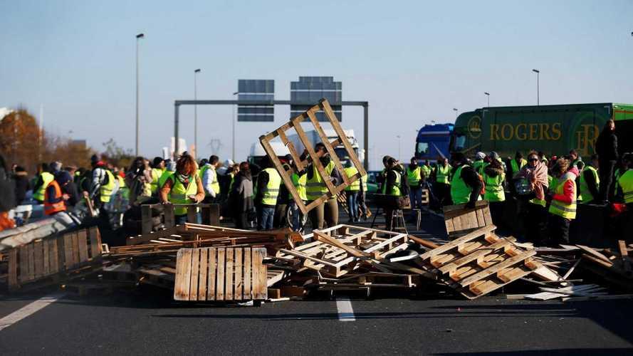 Prezzo benzina, i perché delle proteste in Francia