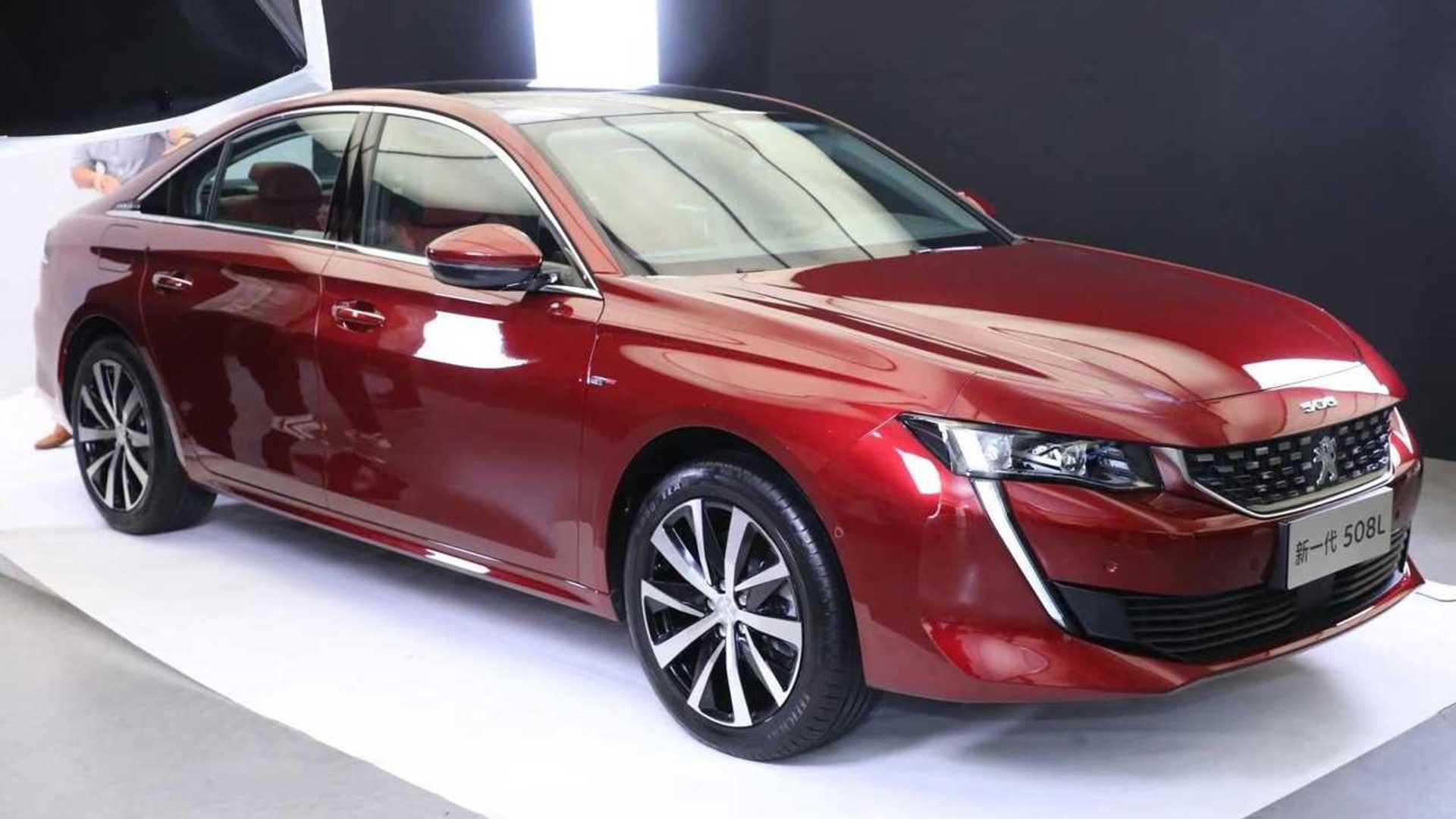 La Peugeot 508 rallongée désormais en hybride... pour la Chine