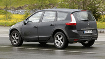 Next-gen Renault Koleos mule spy photo 13.06.2013