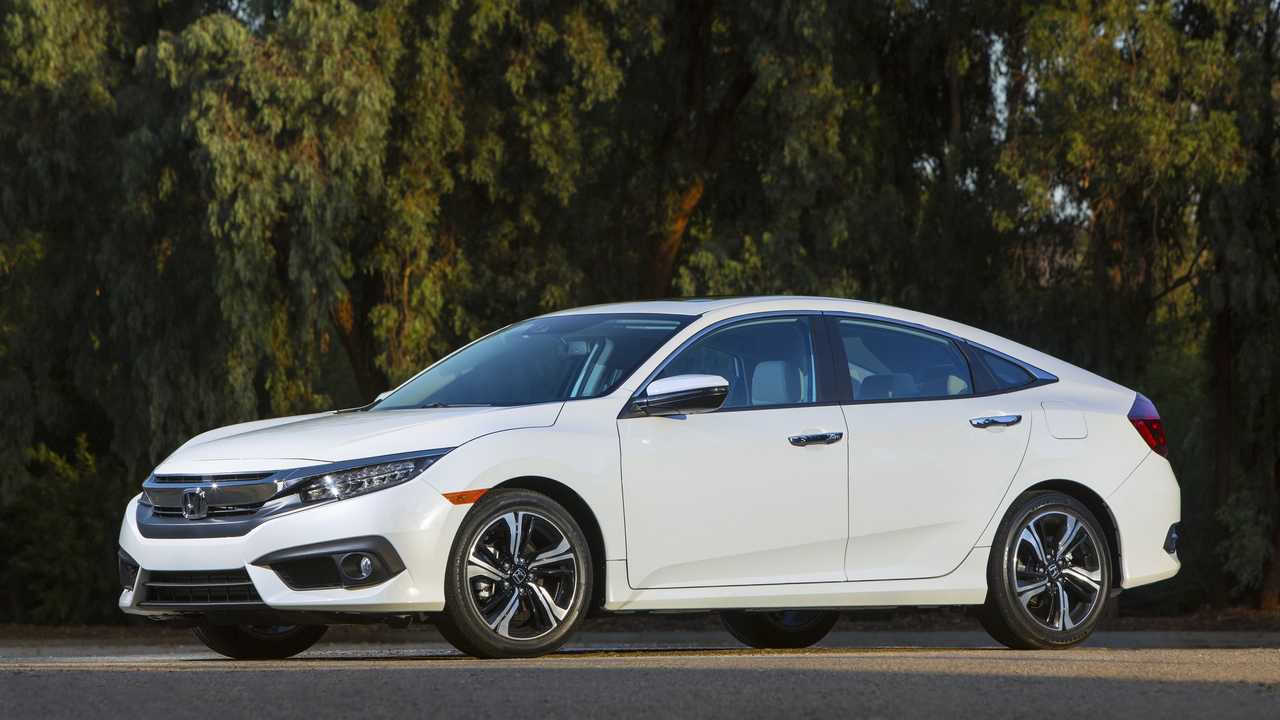 9. Honda Civic: 325,650 Units