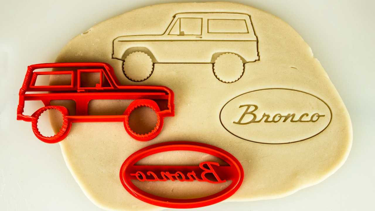 Car-Themed Cookie Cutters - Ford Bronco Gen 1