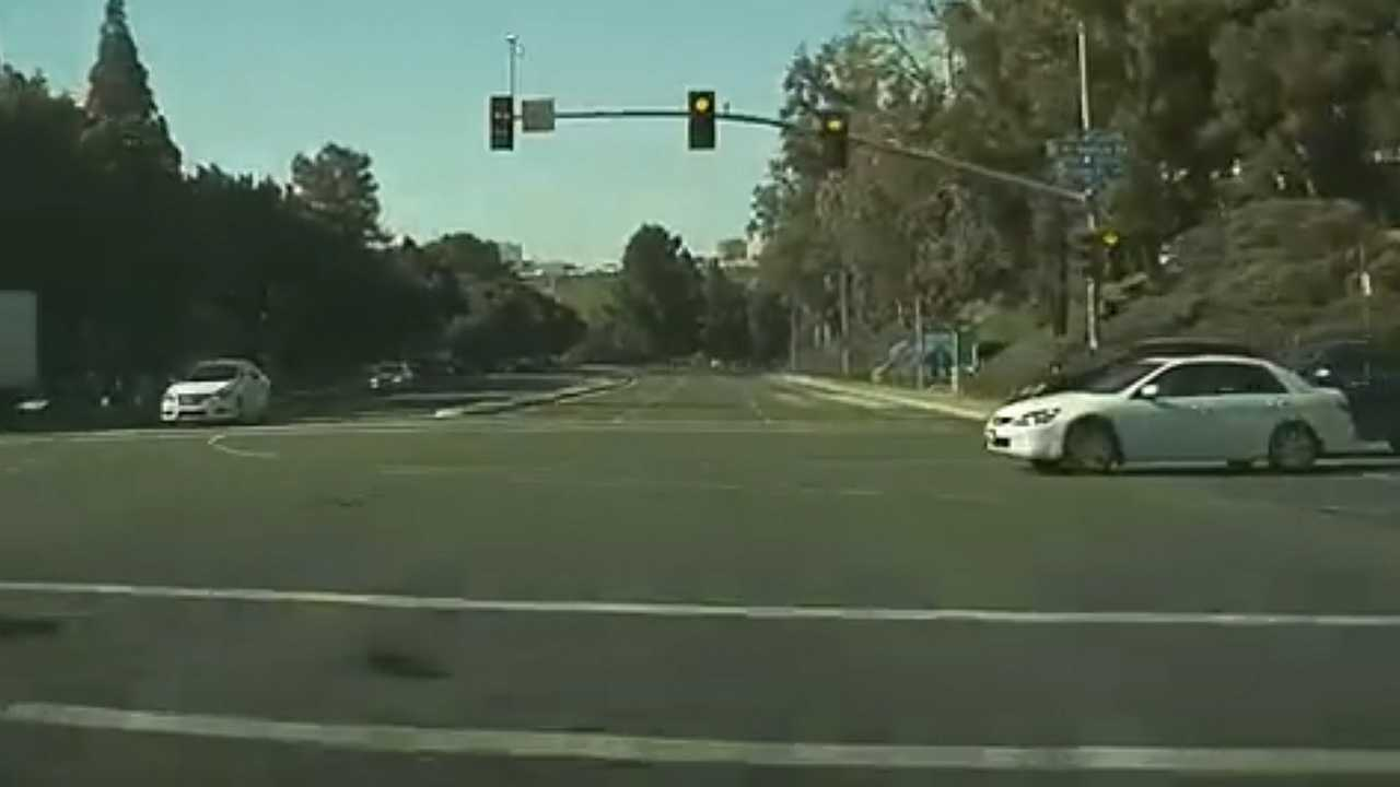 What May Have Caused This Triple Accident Supposedly With A Model S?