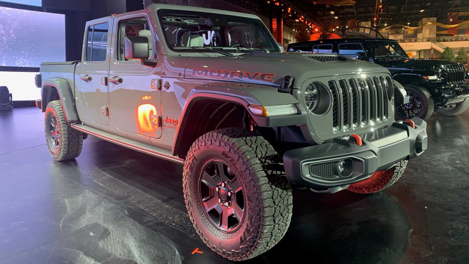 Jeep Gladiator Mojave High Altitude Debut With Catalog Of Extras